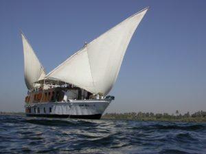 Croisière Sur Le Nil: l'Egypte Antique Au Cours De l'Eau